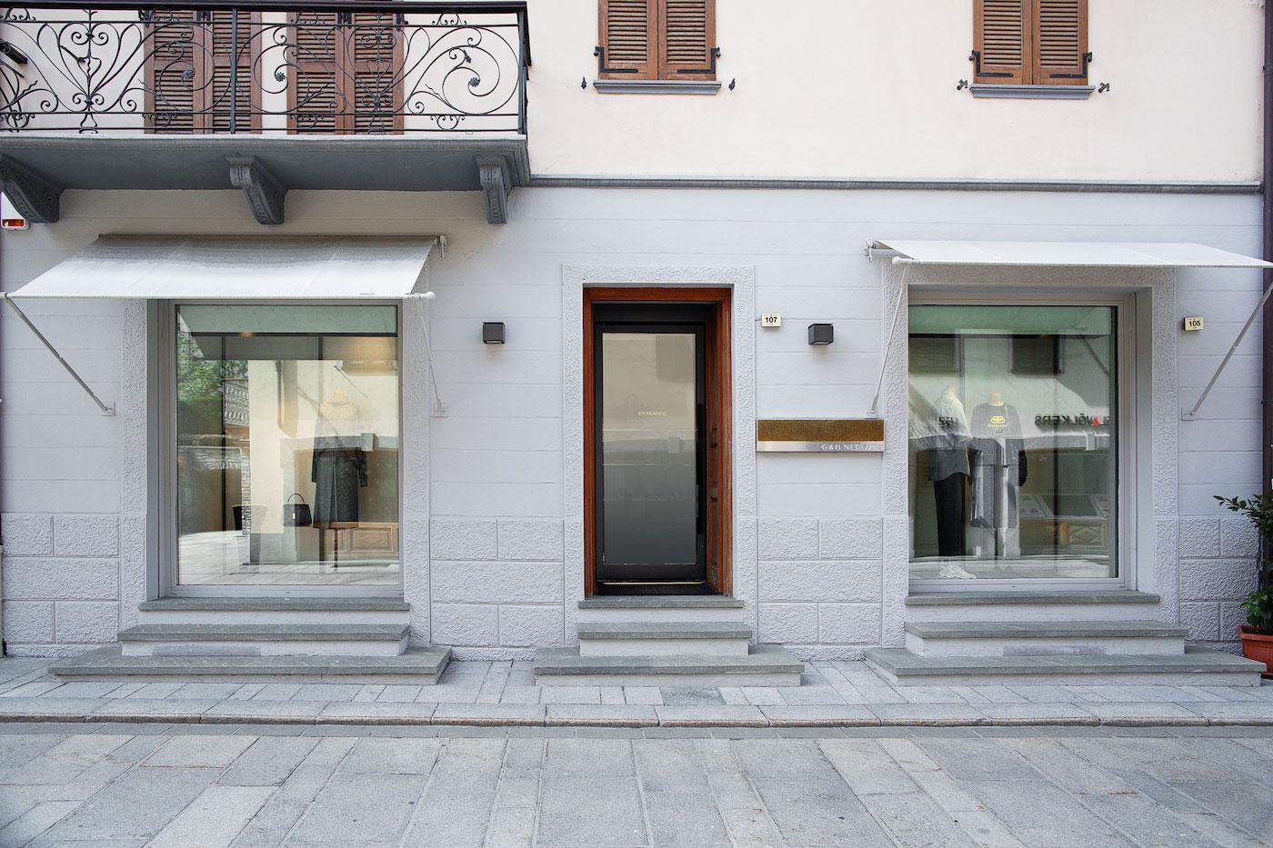 G&B Negozio - Courmayeur, Via Roma 105 | Zanetti Cantieri Portfolio